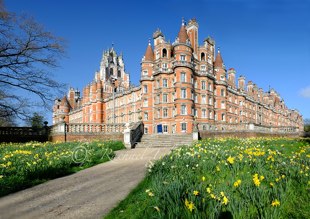 how to get to royal holloway